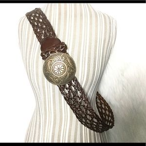 Lane Bryant woven leather belt with brass circle💋